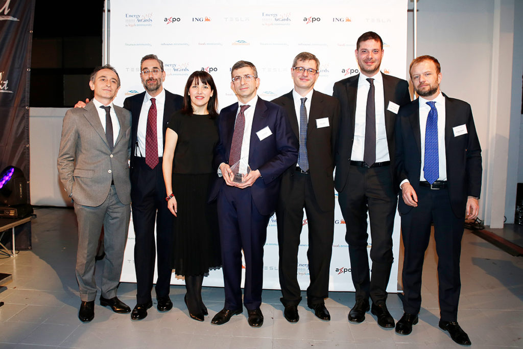 Gruppo di avvocati dello studio con award